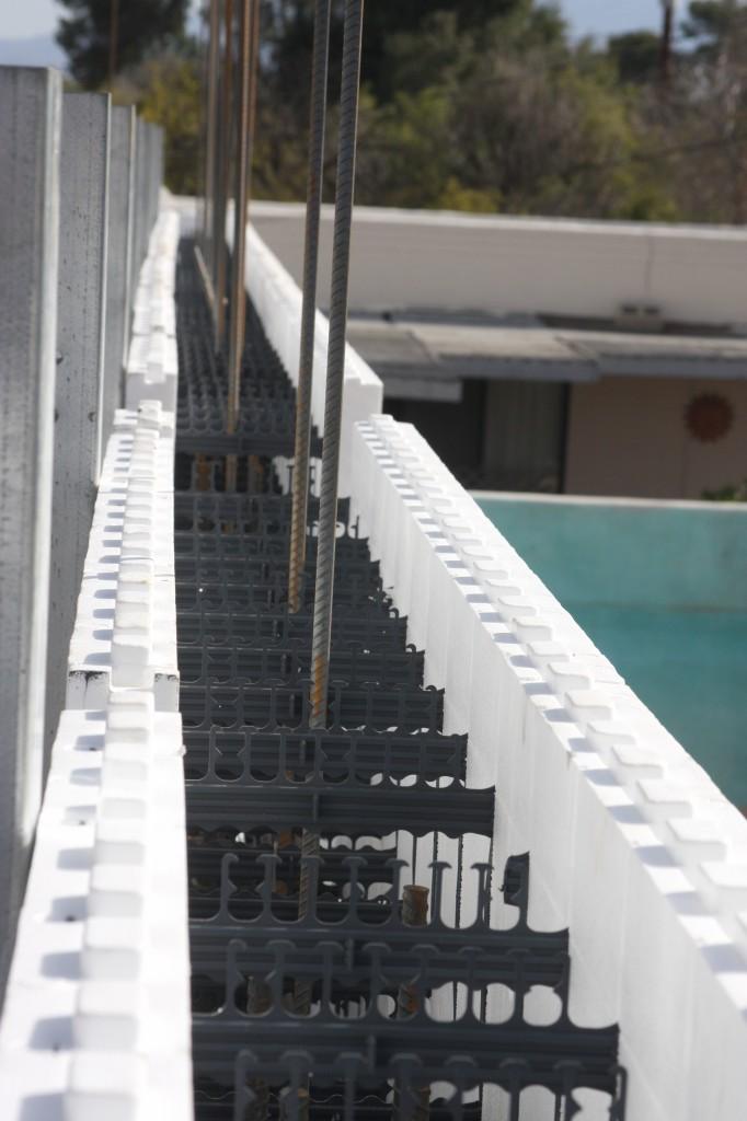 concrete barrier 030