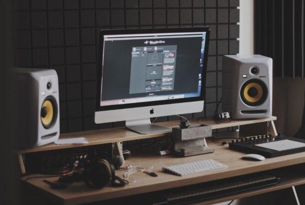 Foam for studio monitors